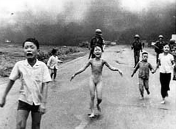 US napalm strike on Vietnam