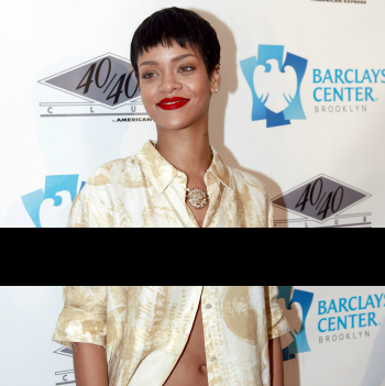 Rihanna's nips blacked out