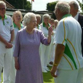 The Queen bossing lawn bowlers