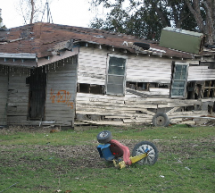 """Chavez Vows To Fight """"First World"""" Poverty"""